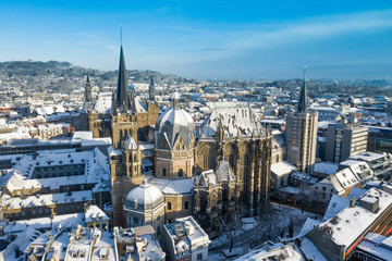 Fotomurales - Aerial view of Aachen City