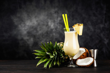 Fotoväggar - Pina Colada Cocktail on dark background