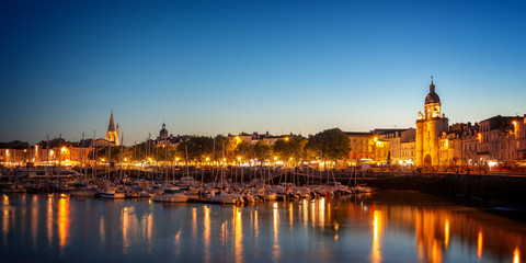 Wall Mural - Old harbor of La Rochelle, France at night