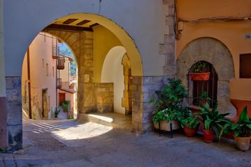 Deurstickers Marokko Streets in the town of Peñarroya Tastavins