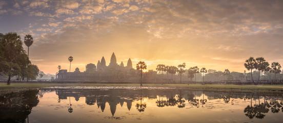 Fotobehang Bedehuis Temple complex Angkor Wat Siem Reap, Cambodia