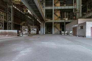 Spoed Foto op Canvas Oude verlaten gebouwen Interior of an old abandoned industrial steel factory