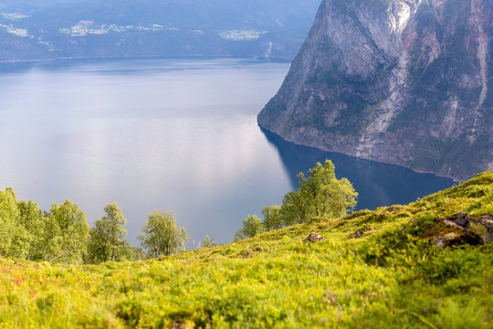 1st Stranda Trail Race, Stranda, M¯re og Romsdal, Norway: A about 33 km long trail running race connecting 3 summits with a total ascent of 2600 meters. Venue are the mountains right at the famous Geirangerfjord which is listed as a UNESCO World Heritage site.