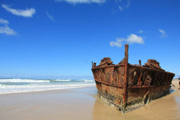 Foto op Plexiglas Schipbreuk SS Maheno Shipwreck on Fraser Island, Australia