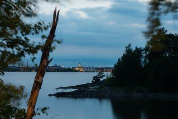 Helsinki at night time; View from Kruunuvuori towards downtown