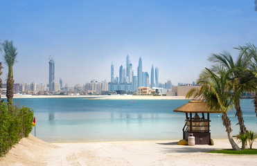 Fotorolgordijn Dubai Dubai skyscrapers cityscape view from the Jumeirah island