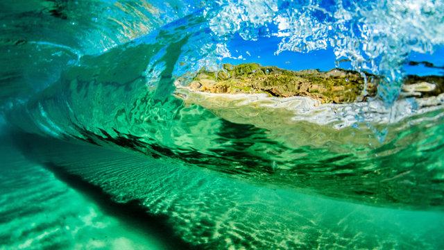 Snorkeling Wave Surf
