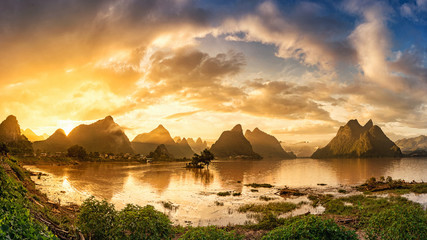Tuinposter Guilin Sunrise of Guilin, Li River and Karst mountains. Located near Yangshuo County, Guilin City, Guangxi Province, China.
