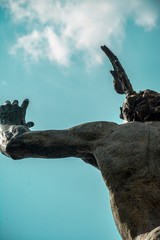Fotobehang Volle maan Hermes statue