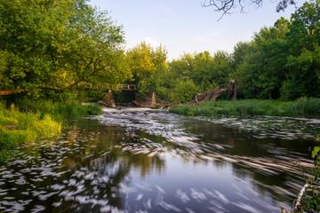 Obraz Zakątek nad rzeką. Rzeka bzura długa ekspozycja - fototapety do salonu