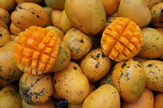 mango fruit texture