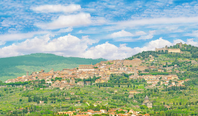 Keuken foto achterwand Olijf Cortona (Italy) - The awesome historical center of the medieval and renaissance city on the hill, Tuscany region, province of Arezzo, during the spring