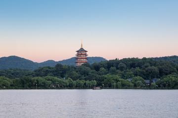 Fotobehang - beautiful hangzhou west lake scenery
