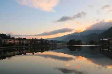 Foto auf Gartenposter Reflexion Sapa landscape lake view reflection sky and mountain at Vietnam culture