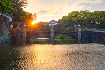Fototapeta Nijubashi bridge in front of Tokyo Imperial palace in Tokyo, Japan obraz
