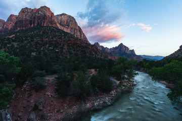 Zion National Park is one of the most beautiful parks in the US, Utah. Canyon Overlook Trail offers beautiful views, sunrises or sunsets make it even more beautiful anywhere in the park. Travel USA