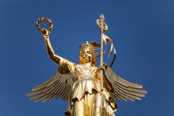 Goldelse der Siegessäule in Berlin