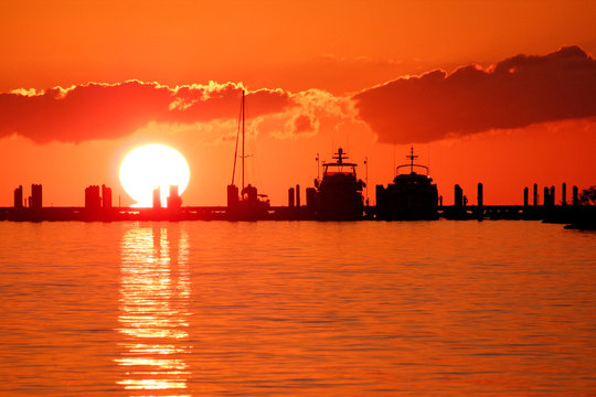 USA. Florida. The Keys. Marathon Island. Sunset from the marina.
