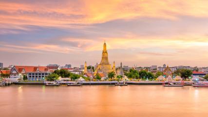 Poster Bangkok Beautiful view of Wat Arun Temple at twilight in Bangkok, Thailand