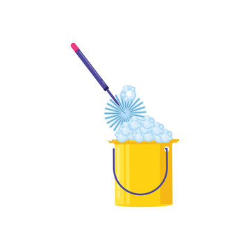 Isolated cleaning mop and bucket design