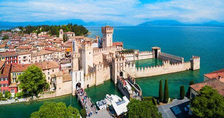 Scaligero Castle aerial view, Sirmione Fototapete