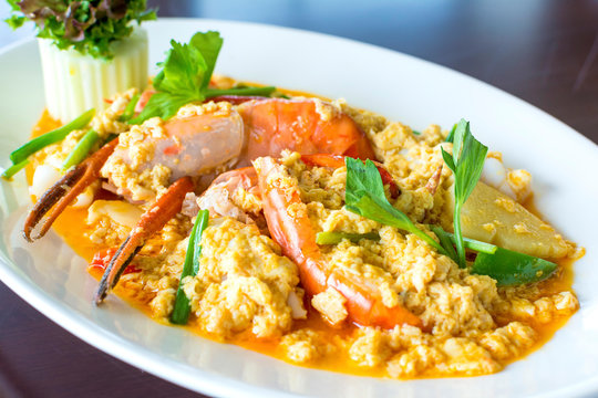 Stir fried shrimp or prawn in curry powder the famous delicious Thai food
