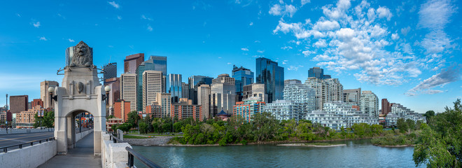 Fotorolgordijn Canada Panoramic view of Calgary's skyline on a summer day.