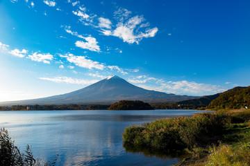 秋空の富士