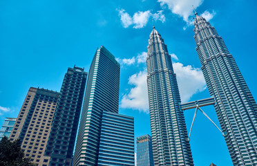 Fotobehang Kuala Lumpur The Petronas Towers in Kuala Lumpur, Malaysia