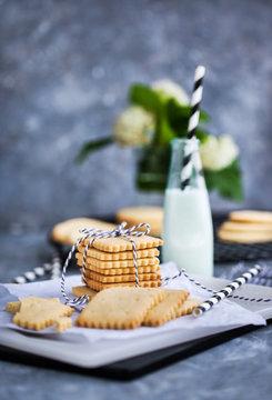 Homemade vanilla butter shortbread cookies and milk