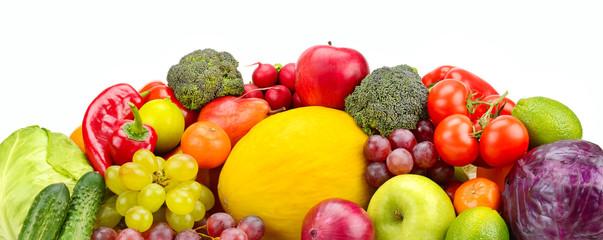 Keuken foto achterwand Verse groenten Heap different fruits, vegetables and berries isolated on white