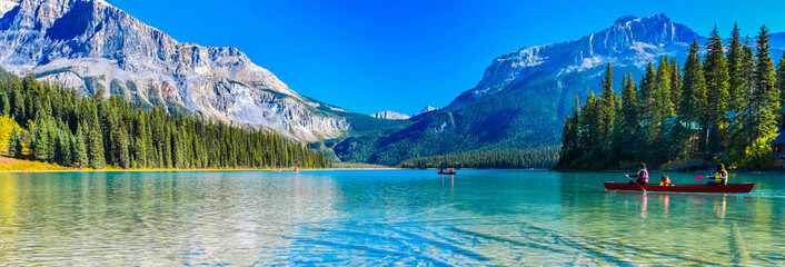 Tuinposter Bergen Emerald Lake,Yoho National Park in Canada,banner size