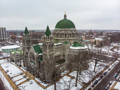 St Louis, Missouri \ USA - January 26 2019: Aerial view of The Cathedral Basilica of Saint Louis after a snowfall