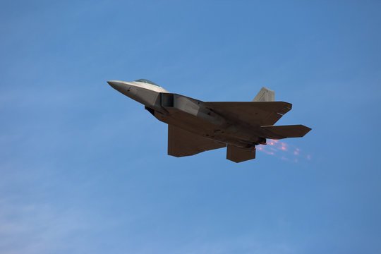 Hillsboro, Oregon \ USA - 21 September 2014: A US Air Force F-22 Raptor fly-by Hillsboro airshow