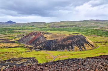 Islandia, krater Grabrok lub Storu-Grabrok