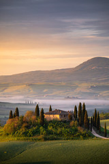 Fototapete - Countryside near Pienza, Tuscany, Italy