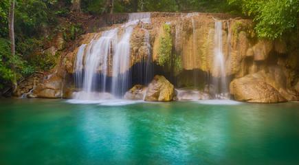 Marron chocolat Beautiful waterfall at Erawan national park, Thailand. Panorama