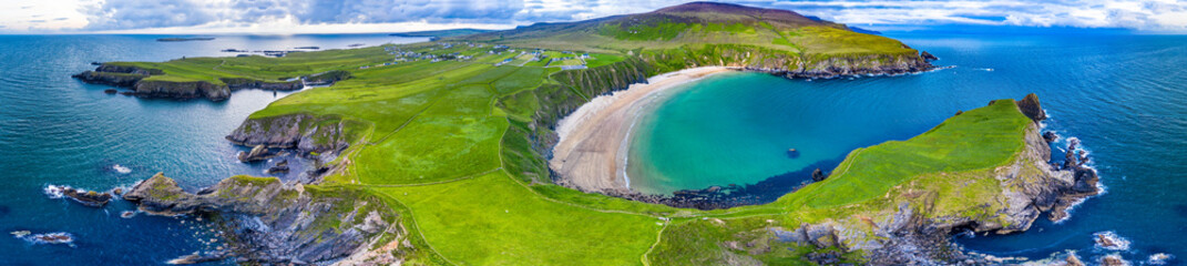 Staande foto Kust Aerial view of the beautiful coast at Malin Beg in County Donegal, Ireland