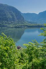Schöne Erkundungstour entlang des Hallstätter See an einen sommerlichen Tag. -...