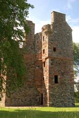 ruins of Greenknowe tower in Scotland