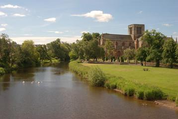 river Tyne and St. Marys church in Haddington