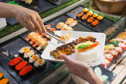 Mackerel grill with Shari and Salmon Sushi