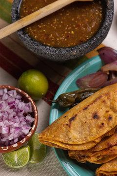 Tacos de barbacoa asados estilo Guadalajara Mexico