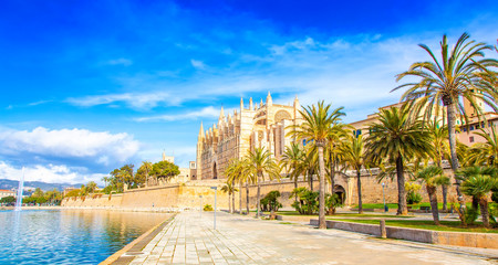Wall Mural - Palma de Mallorca Cathedral La Seu, Spain