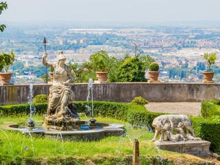 Foto op Aluminium Kiev Aerial view of the Fountain of Rometta (Italian: Fontana di Rometta) in Villa d'Este, Tivoli, Italy