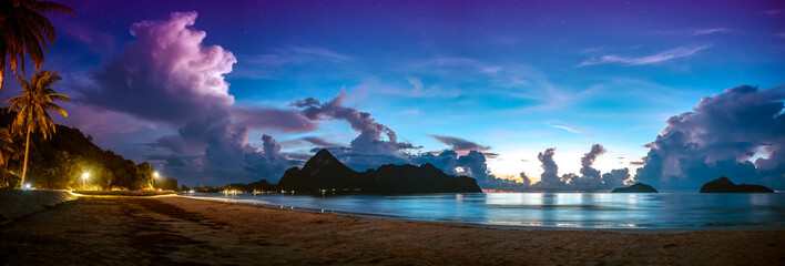 Wall Mural - Colorful blue sky with cloud and star bright sunrise on seascape panorama.