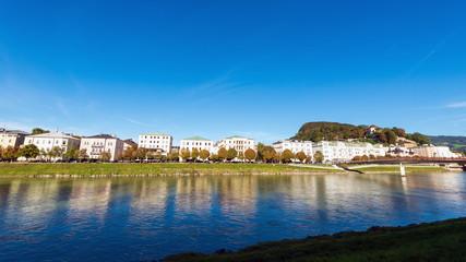 Stadt Salzburg, Blick aud Hotel Sacher, Makartsteg und Villenviertel, Österreich