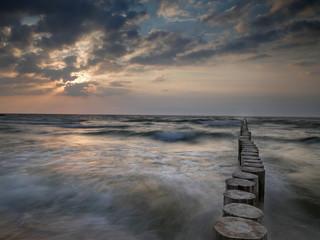 Morze Bałtyk zachód słońca - Dziwnówek -  Dziwnowo Falochron