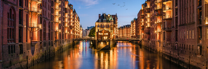 Speicherstadt panorama in Hamburg, Germany Fototapete