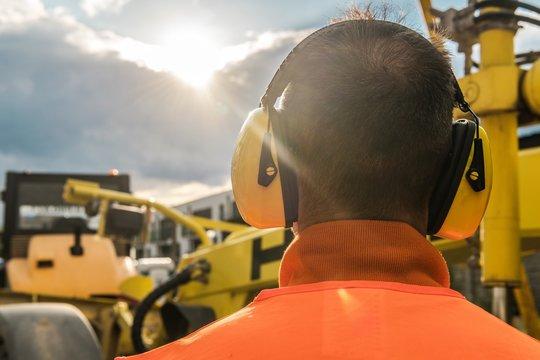 Noise Reduction Equipment